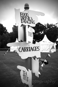 carriages black and white002